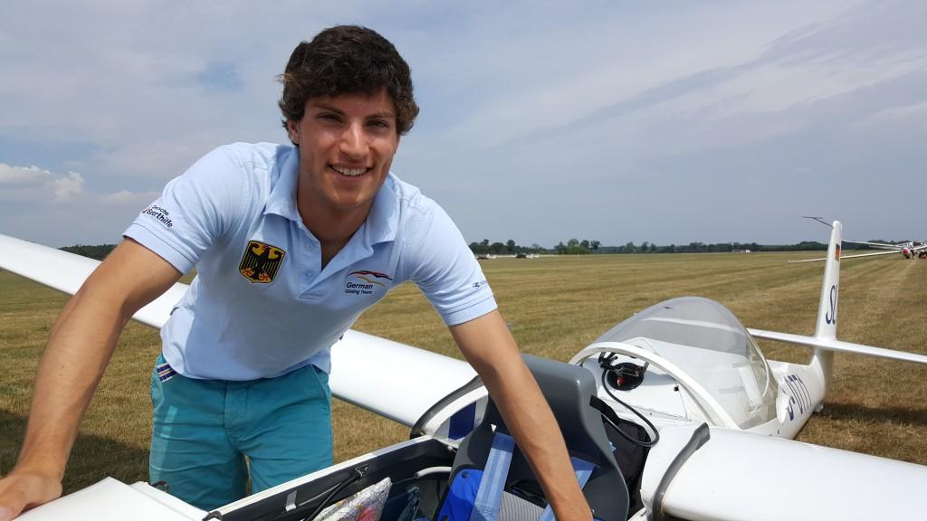 Tagessieg für den Donauwörther Segelflieger Stefan Langer bei der Junioren-Segelflug-Weltmeisterschaft Foto: privat